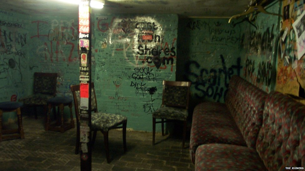 Bunker-come-dressing Room