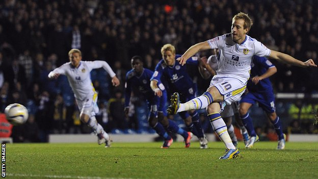 Luciano Becchio scores from the penalty spot