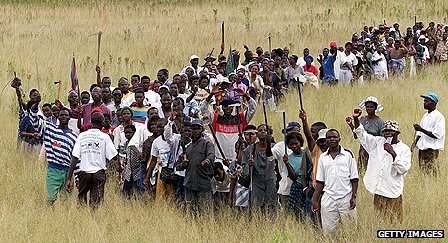 Squatter move to occupy farm in Zimbabwe