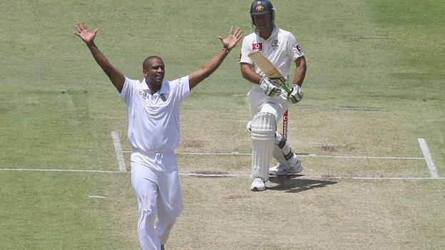 South Africa's Vernon Philander appeals for the wicket of the wicket of Australia's Ricky Ponting
