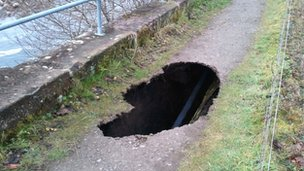 Hole in footpath