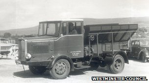 1950s gritting truck