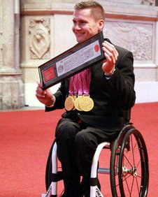 David Weir collects his freedom award