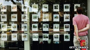 An estate agency in London