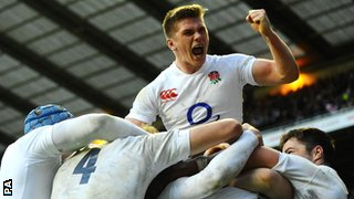Owen Farrell celebrates an England try