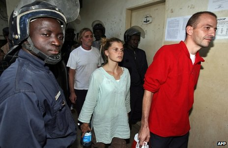 Eric Breteau (in red top) followed by Emilie Lelouch and Alain Peligat during their trial in Chad, December 2007