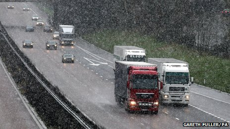 Snowfall on the M20 in Ashford