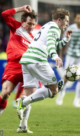 Kallstrom lands a high tackle on match-winner Commons