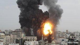 Israeli attack on Gaza, 17 November
