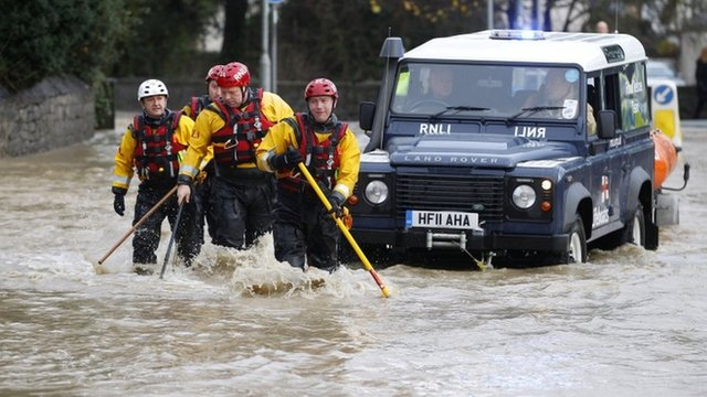 RNLI crew in floods in St Asaph