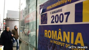 Poster in Bucharest in December 2006 advertising Romania's upcoming EU membership on 1 January 2007