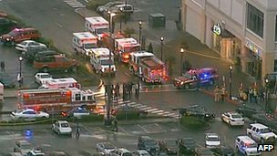 64707876 64707802 Deadly Oregon shooting at Clackmas shopping centre