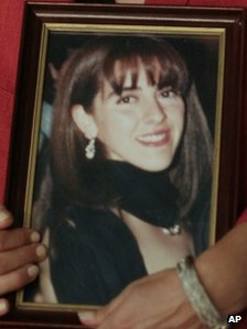 Susana Trimarco holds photo of her missing daughter Marita Veron