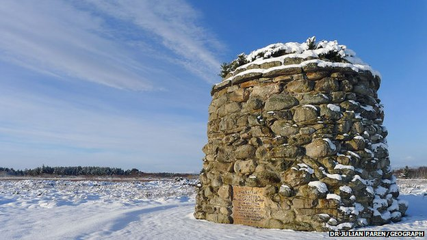 Monument at Culloden Battlefield