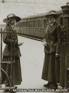Ticket collectors at Waterloo station about 1916