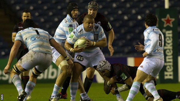 Racing Metro and Edinburgh battled it out on a cold, wet night at Murrayfield