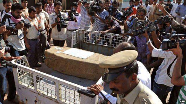 Jacintha Saldanha's coffin