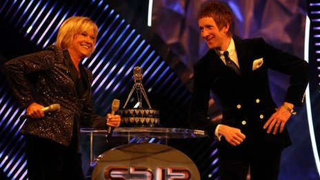 Bradley Wiggins and Sue Barker