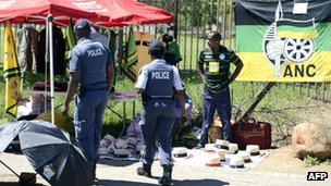 Police at the ANC conference in Mangaung, South Africa (17 December 2012)