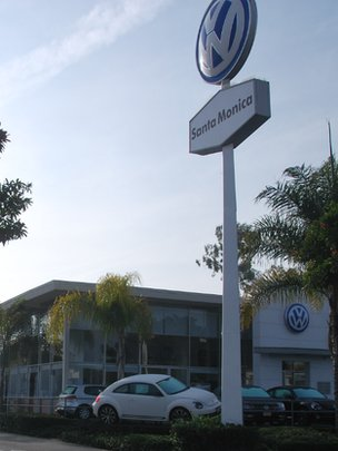 VW dealership in Santa Monica