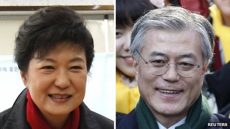 Presidential candidates Park Geun-hye (L) and Moon Jae-in (R), pictured on 19 December 2012