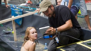 Naomi Watts with director  Juan Bayona