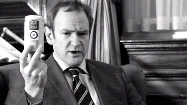 Alexander Armstrong