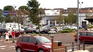 Crescent Link, Derry