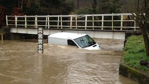 Van stuck in ford in Stevenage