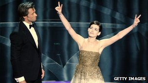Hugh Jackman and Anne Hathaway at the 2009 Academy Awards