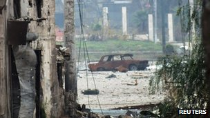 Damage in the Syrian city of Homs, 19 December 2012