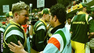 Sachin Tendulkar shakes hands with Shane Warne after India beat Australia in Sharjah in 1998
