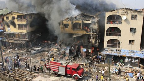 Buildings on fire in Lagos, Nigeria (26/12/12)