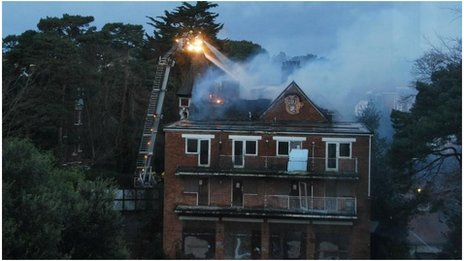 Cliff End Hotel fire