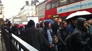 Paddington bus queues