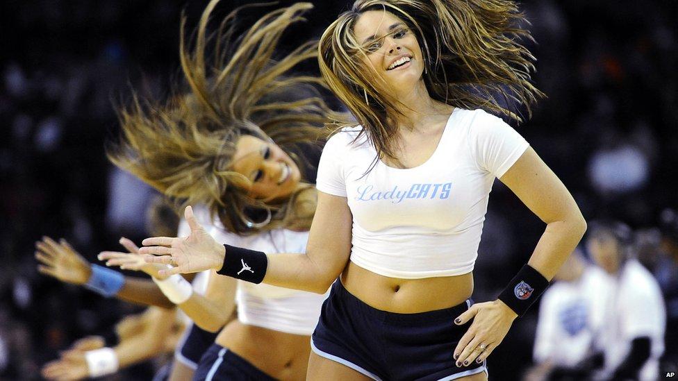 Lady cat cheerleaders in Charlotte, US - Wednesday 26 December 2012