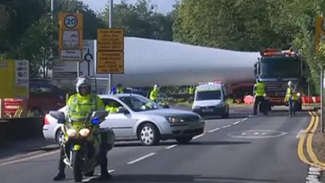 Turbines being transported through the Pontardawe area for the Mynydd y Betws wind farm