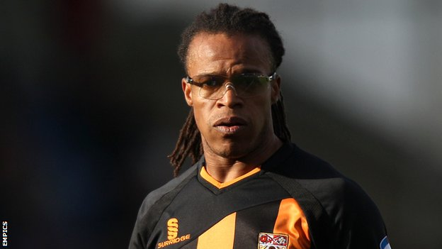 Bbc Sport Edgar Davids In Charge At Barnet After Mark