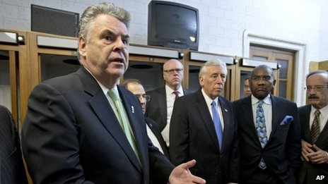 Representative Peter King (l) on Capitol Hill on the evening of 1 January 2013