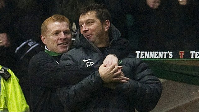 Celtic first team coach Garry Parker (right)