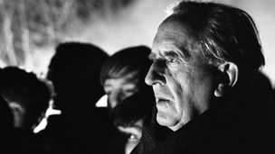  J.R.R. Tolkien