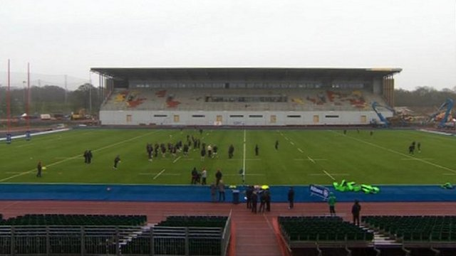 Saracens train at Allianz Park