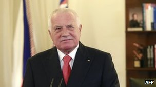 Czech President Vaclav Klaus delivers his New Year&#039;s speech at Prague Castle, 1 January