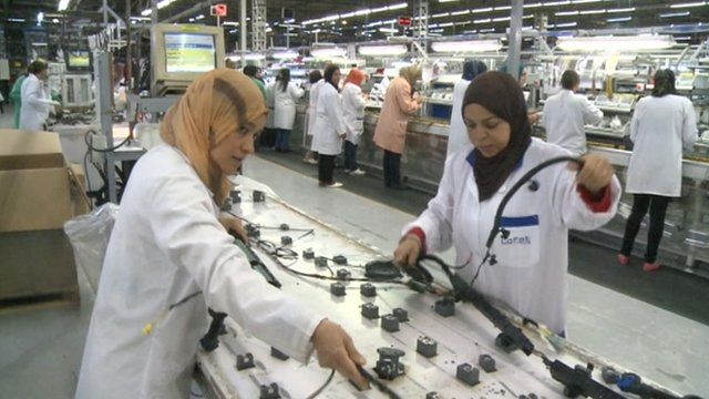 factory workers in tunisia
