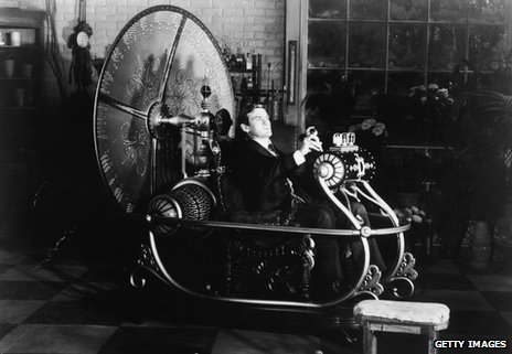 Rod Taylor tests his time machine in a still from the film The Time Machine