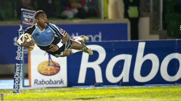 Niko Matawalu scores a try for Glasgow Warriors