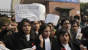 Protesters at a court in Saket, Delhi, 5 January