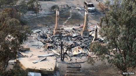 Destroyed houses in Dunalley, east of Hobart (6 January 2013)