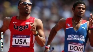 Manteo Mitchell running during the 4x400m heat at the London Olympics