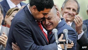 Nicolas Maduro (left) congratulates Diosdado Cabello on being re-elected Assembly Spaker on 5 January